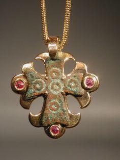 Early Christian bronze cross pendant in modern gold setting