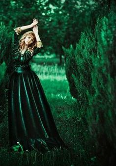 Compliments, Goth, Victorian, Green, Dresses, Style, Fashion, Gothic, Vestidos