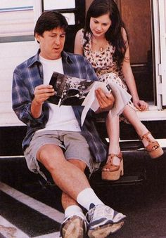 Cameron Crowe (director) and Anna Paquin  making Almost Famous (2000)