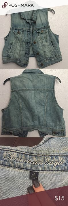 American Eagle Jean Vest •Clean • Only worn a few times. Any other questions, feel free to comment below :) NOTE: Anything unsold on my profile by 10/20 will be donated! Also everything will be washed & ironed before being shipped. American Eagle Outfitters Jackets & Coats Vests