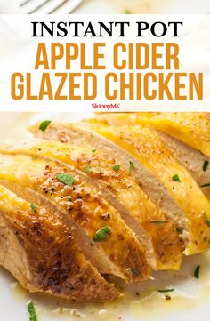 Since the days are getting shorter and the morning air is becoming crisper, you may be in the mood for some fall-flavored food. This Instant Pot Apple Cider Glazed Chicken recipe might become your new favorite comfort food recipe! Instant Pot Pressure Cooker, Pressure Cooker Recipes, Clean Eating Recipes, Healthy Dinner Recipes, Delicious Meals, Healthy Food, Skinny Chicken Recipes, Crockpot Recipes, Cooking Recipes