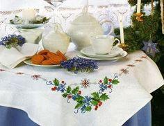 Victoria - Handmade Creations : Τρία υπέροχα σχέδια για Χριστουγεννιάτικα τραπεζομάντιλα
