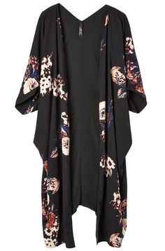 Melissa McCarthy Seven7: reversible printed kimono, $169 CAD at Penningtons