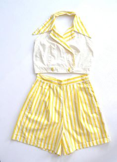 Yellow Striped Play Suit: shorts halter top by Petrune 1950 Outfits, Vintage Summer Outfits, Fashion Outfits, Fashion Sets, Vintage Fashion 1950s, Retro Fashion, Striped Playsuit, Striped Shorts, Pretty Outfits