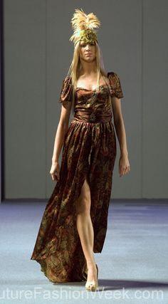 Shekhar Rehate Couture Fashion Week New York Spring Collection 2013 กูตูร์ แฟชั่น วีค นิวยอร์ก สปริง คอลเลคชั่น 2013 #FashionWeek #Fashion #Couture #ShekharRehate  #Style #Women #Designer #Model #Dress #กูตูร์ #แฟชั่นวีค #สปริงคอลเลคชั่น #นิวยอร์ก