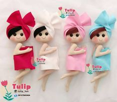 Faça você mesmo essas lindas peças para enfeite de porta de banheiro! Acesse o site e salve gratuitamente os moldes! #artesanato #feltro #artesanatocriativo #banheiro Felt Crafts Diy, Felt Diy, Doll Crafts, Craft Stick Crafts, Toilet Roll Holder Doll, Sewing Patterns Free, Doll Patterns, Bathroom Crafts, Homemade Dolls