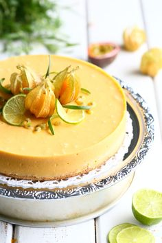Trooppinen kakku mangosta, banaanista ja limestä Baby Food Recipes, Cake Recipes, Healthy Treats, Cake Art, Food Inspiration, Camembert Cheese, Panna Cotta, Cake Decorating, Sweet Tooth