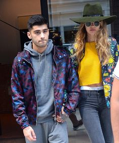 Pin for Later: Gigi Hadid Pulled a Very Sexy Styling Trick While Hanging Out With Zayn Gigi Let the Band of Her Tommy Hilfiger Underwear Peek Out From Under Her Jeans