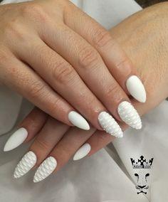 White snake nails  #nails💅 #nailart #whitenailpolish #snakesnails #mattenails #naols2inspire #nailaholic #nothingisordinary #firstnailsoftheyear #nailartist #marinaveniou #nailartseminars #trustthexperts #beautymakesyouhappy  www.kalliopeveniou.gr