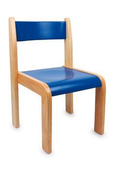 """Kinderstuhl """"rot & blau"""". Hinsetzen und wohlfühlen: Große Sitzmöbel aus Holz für kleine Leute. Dieser wunderschöne Kinderstuhl trifft den Geschmack von den Kleinen und ist dabei auch noch robust und strapazierfähig. Das gerade gehaltene Gestell ermöglicht ein Stapeln der Stühle."""