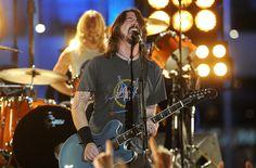 Foo Fighters cancela el resto de su gira europea por los atentados de Francia