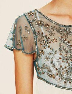 Узоры из бисера на одежде