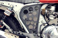 Cafe racer laterais em alumínio com perfurações- cb400 cb450