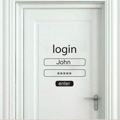 puerta decorada para amantes de la tecnología