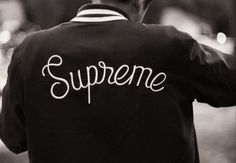 I want this jacket New Mens Fashion, Urban Fashion, Men's Fashion, Supreme Clothing, Mode Man, Vintage Hipster, Stylish Boys, Stussy, How To Look Better