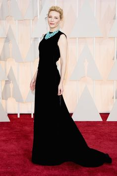 Queen of Australia (and the Elves) Cate Blanchett showed up to the Oscars looking ridiculously good.   Cate Blanchett And Her Necklace Just Dominated The Red Carpet