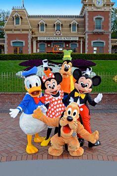 Disneyland FAB 5
