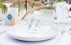 Mariage Hiver Scandinave - Design Dessine-moi une etoile - Fleurs Aude Rose - Photo Annaimages - Table