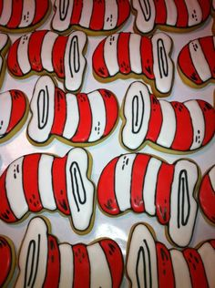 Dr. Seuss cookies found on Cookie Decorator - cat in hat - red white shape