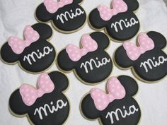 Minnie Mouse cookies Etsy listing at https://www.etsy.com/listing/192614726/minnie-mouse-ears-and-bow-with