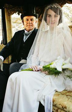 Downton Abbey | More Downton Abbey photos here:  http://mylusciouslife.com/historical-style-downton-abbey-photos/