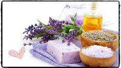 Homemade Lavender Rosemary Bath Salts - http://www.howtomakebathsalts.com/homemade-lavender-rosemary-bath-salts/