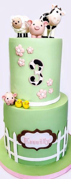 Simple Farm Inspired 3rd Birthday Cake Farm Birthday Cakes, Animal Birthday Cakes, Farm Animal Birthday, Birthday Cake Girls, 3rd Birthday, Unique Cakes, Creative Cakes, Barn Cake, Colorful Cakes