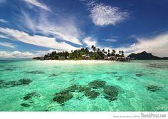 Maiga island at Semporna Sea, Sabah