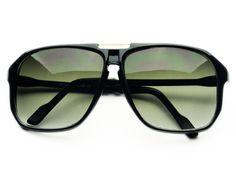 Retro Key Hole Aviator Sunglasses Black A223