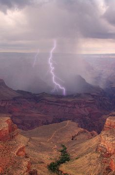 Arizona...how magical the lightening in this region bolts to the ground in a purple/lavender-ish color!? Gorgeous!