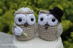 Crochet Jar Covers, Owl Card, Baby Shoes, Projects To Try, Crochet Hats, In This Moment, Knitting, Toys, Fabric