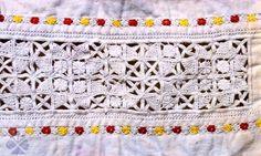 Slovak folk embroidery - sita cipka