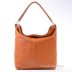Duża torba ze skóry naturalnej w pięknym odcieniu jasnego brązu. 34x34 cm, pasek dopinany jest w komplecie. Funkcjonalna i ponadczasowa, na każdą okazję.