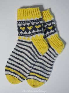 « rosannaofmay: Sitruunasukat Wool Socks, Knitting Socks, Villa, Crochet, Fashion, Tights, Tricot, Sock Knitting, Tutorials