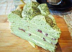 Quién quiere un pedazo de esta torta de crema con #Matcha?  Traemos este increíble té verde directamente desde Japón en sus diferentes grados y tipos siempre en polvo para que lo puedas preparar como prefieras disfrutando de todas sus propiedades  Compras con envío a todo Chile en www.matchachile.cl o bien puedes ir a nuestro punto de venta oficial en @despensamodular  ------------- #matcha #torta #crema #matchacream #dulce #propiedades #matchachile #matchalovers #cambiodeestilo…