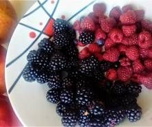Koktajl owocowy Blackberry, Fruit, Food, Essen, Blackberries, Meals, Yemek, Rich Brunette, Eten