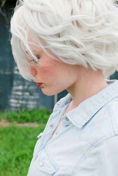 White hair. Fashion | Amazing Hair | Cool Hairstyle | Hair Color | DIY Hair Hairstyles Haircuts, Pretty Hairstyles, Blonde Hairstyles, Style Hairstyle, Hairstyle Ideas, Short Hair Cuts, Short Hair Styles, Short White Hair, Short Wavy