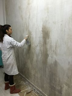 pintar paredes distressed walls … - Home Dekor Faux Walls, Textured Walls, Bar Deco, Interior Walls, Interior Design, Plafond Design, Distressed Walls, Tadelakt, Faux Painting