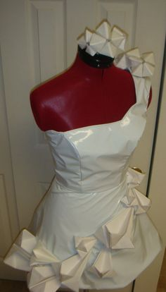 Lady Gaga Inspired Origami Dress Costume by KiraPeasleyDesigns, $140.00  At least it's white. Will that keep Mum happy. Lady Gaga Outfits, Diy Clothes, Clothes For Women, Origami Dress, All White Party, Halloween Costumes For Teens, Costume Dress, Ruffle Blouse, Trending Outfits