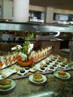 Просто обычный ужин, который уже ждет вас. http://rivieramaya.grandvelas.com/russian/