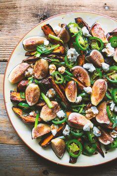 Roasted Yams and Fresh Fig salad Yummy Recipes, Healthy Salad Recipes, Vegetarian Recipes, Cooking Recipes, Fig Recipes, Waffle Recipes, Burger Recipes, Smoothie Recipes, Gastronomia
