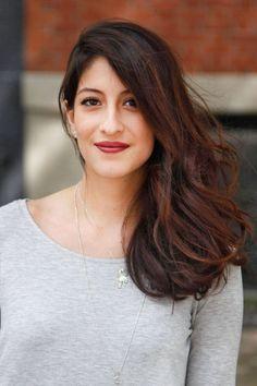 Her essentials for getting the look: Conair hot rollers, Revlon ColorStay lipstick, L'Oréal gel eyeliner   - ELLE.com