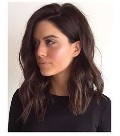 Trendy Long Bob Haircut Still uncertain about whether you want to wear long hair or make a bob cut? Here are the 25 best long bob haircuts for women! Long Bob Haircuts, Long Bob Hairstyles, Trending Hairstyles, Long Brunette Hairstyles, Hairstyles For Women, Lob Hairstyle, Everyday Hairstyles, Formal Hairstyles, Ponytail Hairstyles