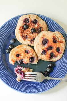 Healthy Pancakes made in the blender with oatmeal, yogurt, banana and an egg! Easy to make and filling with 13g of protein per serving!