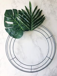 """Learn how to make this """"Aloha Wreath,"""" which adds the perfect touch of Summer to your home decor! Diy Spring Wreath, Summer Door Wreaths, Christmas Mesh Wreaths, Deco Mesh Wreaths, Wreaths For Front Door, Diy Wreath, Holiday Wreaths, Ribbon Wreaths, Tulle Wreath"""