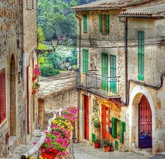 Mallorca, Islas Baleares, España Mallorca: beautiful island you have to visit! Repin this post for later!