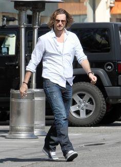 Gabriel Aubry Photos: Gabriel Aubry Grabs Lunch in West Hollywood