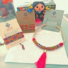 Friendship bracelet & necklace handmade in macrame by Coatlicue Artesanías