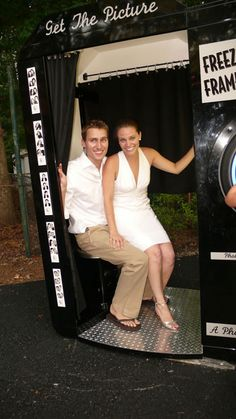 wedding photobooth! GOING TO BE AT MY WEDDING!!