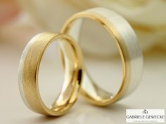 Here you can see our wedding rings (mod in a beautiful mat … - Engagement Rings Wedding Ring Gold, Wedding Rings Simple, Wedding Bands, Our Wedding, Gold Stripes, Ring Verlobung, Yellow Gold Rings, Rings For Men, Engagement Rings